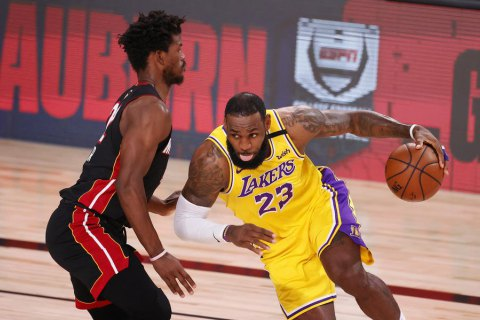 Леброн Джеймс установил выдающийся рекорд века в НБА
