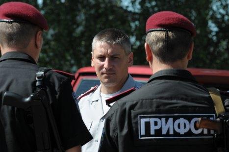 """Екс-командира харківського """"Беркута"""" випустили з-під варти"""