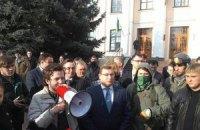 Студенты пикетируют Минобразования с требованием отставки замминистра Сулимы (ОБНОВЛЕНО)