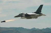 В результате авиаударов сирийских и российских самолетов погибли медики и повстанцы, - правозащитники