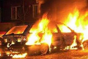 За ночь в Киеве сгорели 4 автомобиля