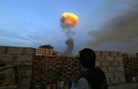 В результате авиаудара по траурной процессии погиб мэр столицы Йемена, - СМИ