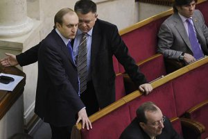 Синам Азарова і Пшонки не висунули звинувачень