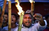 В результате массовых столкновений в Индии погибли 65 человек
