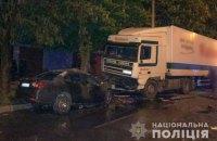 У Кременчуці легковик зіткнувся з вантажівкою і загорівся, двоє людей загинули