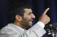Ахмадинеджаду пригрозили импичментом за неуважение к парламенту