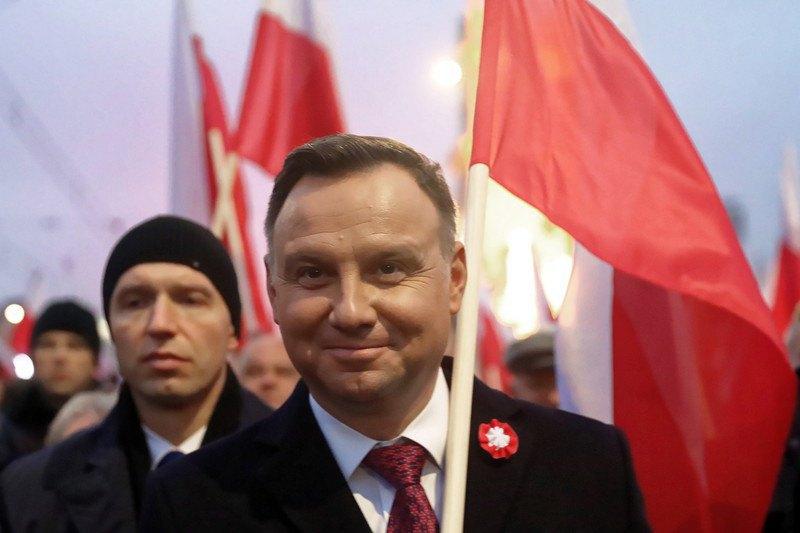 Независимость Польши— жители  страны вышли намарш к100-летнему юбилею