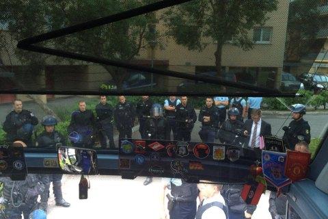 Франция арестовала 44 российских болельщика