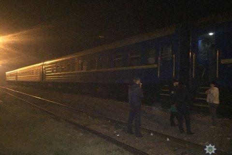 В Одесі 11-річна дівчинка отримала удар струмом, піднявшись на дах поїзда