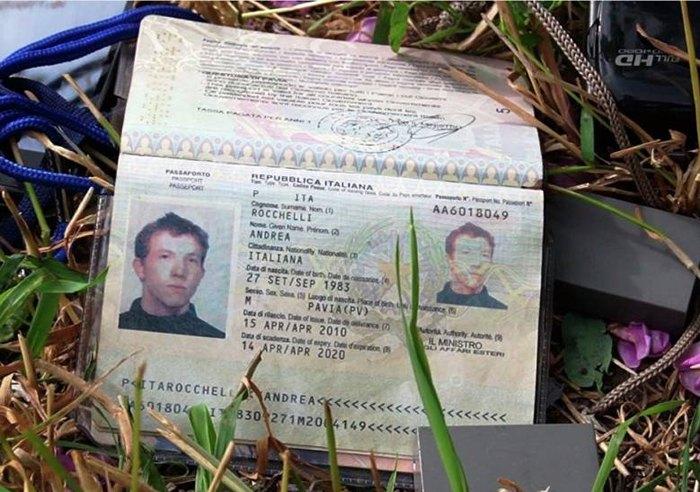 Андреа Роккеллі загинув біля підніжжя гори Карачун, де у травні 2014 року йшли жорсткі бої між українською армією та проросійськими силами.