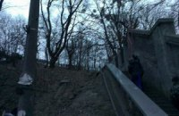 """Самооборона Майдана перекрыла Мост влюбленных, чтобы оттуда не пошел """"Беркут"""""""