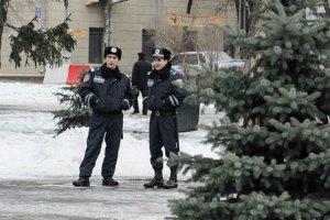 Милиционеров, которые избили пенсионерку, уволили с работы