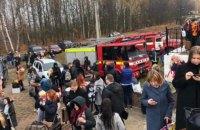 """Пасажирів потяга евакуювали посеред поля в Житомирській області через """"мінування"""""""