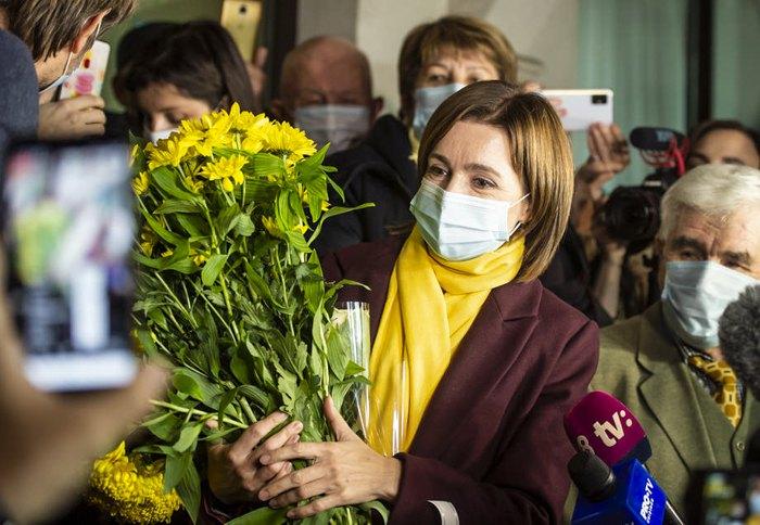 Майя Санду після голосування під час другого туру президентських виборів у Кишиневі, 15 листопада 2020