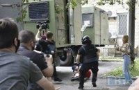 Поліція проведе службове розслідування через жорстке затримання активістів біля київського суду