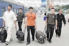Украину ожидает волна эмиграции - эксперты