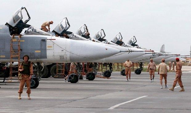 Российские бомбардировщики на военной базе в Сирии