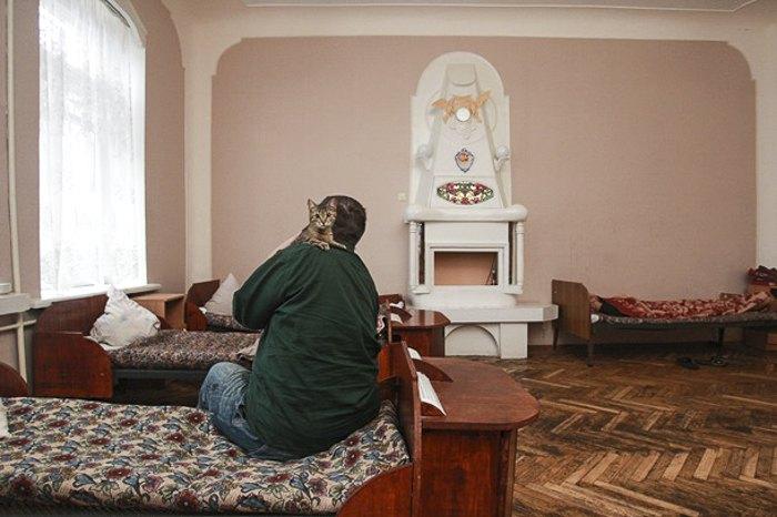Общение с животными в Киевской психоневрологической больнице № 1 им. Павлова
