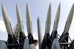 Северная Корея провела испытательный запуск двух ракет