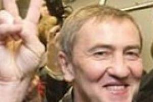 КС признал за Черновецким два года полномочий