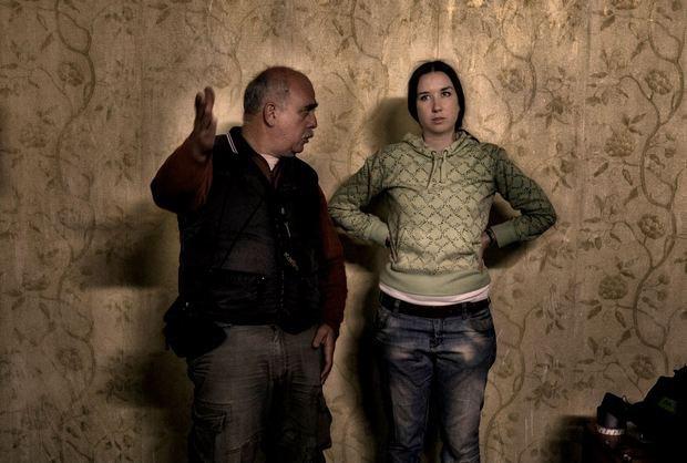 Юлия Гонтарук и оператор Георгий Беридзе на съемках Алкоголички