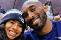 Представители лос-анджелесской полиции распространяли посмертные фото Брайанта и его дочери