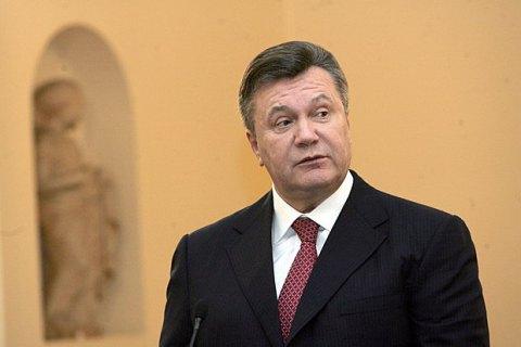 Экс-охранник: Турчинов грозил использовать военную авиацию для посадки самолета Януковича