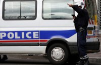 """У Парижі тисячі поліцейських вийшли на """"Марш люті"""", вимагаючи поліпшення умов праці"""