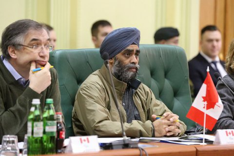 Міністр оборони Канади Саджан у вівторок відвідає Україну