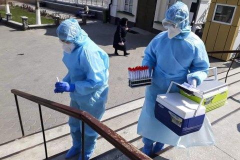 Кабмин хочет создать трехмесячный запас средств индивидуальной защиты в больницах