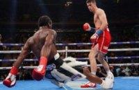 Британский боксер защитил два пояса ярким нокаутом