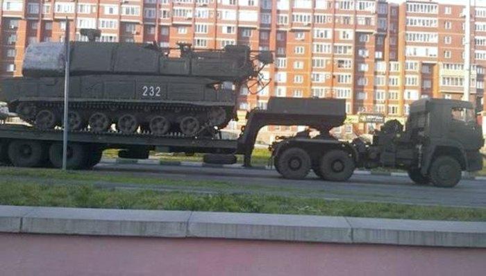 ЗРК 'Бук', с которого была выпущена ракета по Боингу-777, во время транспортировки по территории так называемой ДНР