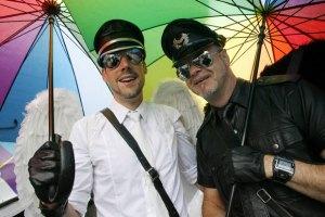 Лутковская требует наложить вето на закон о запрете пропаганды гомосексуализма