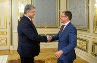 Порошенко обговорив з Волкером ситуацію на Донбасі
