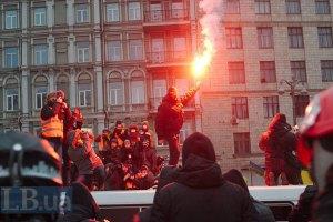 Янукович поручил Клюеву создать рабочую группу для урегулирования кризиса