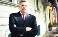Лазаренко в тюрьме отказывался от работы и жил в общем бараке