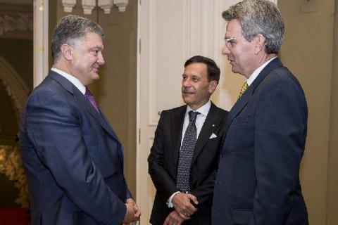 Порошенко попрощался с послами США и Италии, завершившими работу в Украине