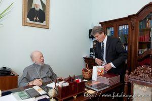 Ющенко відвідав митрополита Володимира