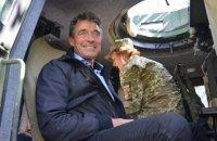 Колишній генсек НАТО Расмуссен побував на Донбасі