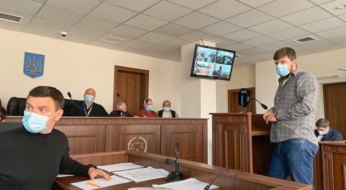 Засідання 22.09.2021 р. Під час допиту Тимура Бедернічека суд переглядає відзняте ним 20.02.2014 р. відео.