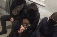 Во Львове трое парней выдавали себя за контролеров, чтобы не платить за проезд