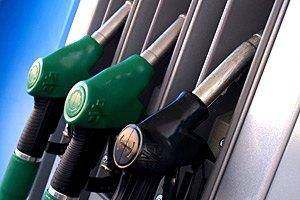 Парламент не хочет продлевать сниженные акцизы на топливо
