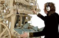Шведський музикант створив унікальний інструмент