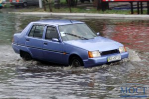Сильный дождь затопил часть Кировограда