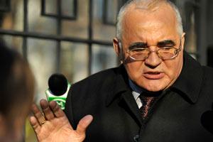"""Замминистра образования, """"уволенный"""" Азаровым, не собирается в отставку"""
