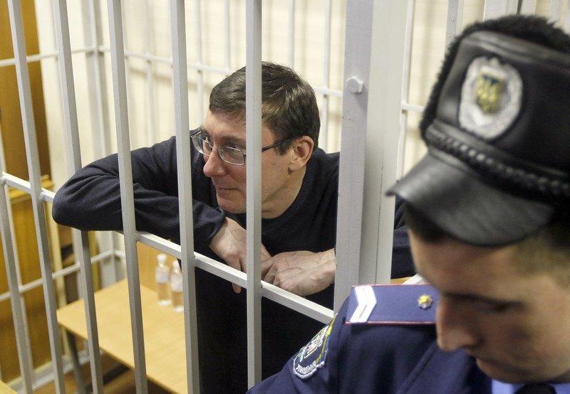 Юрій Луценко під час судового засідання в Києві, 27 лютого 2012 року.