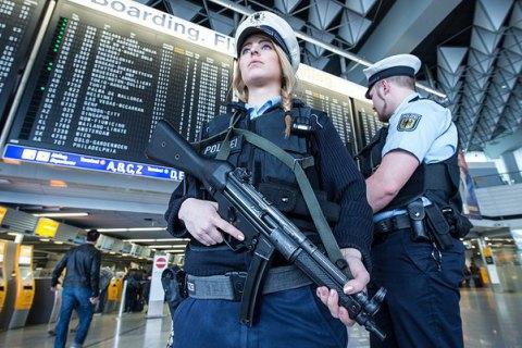 Германия усилит контроль на границах на время Евро-2016