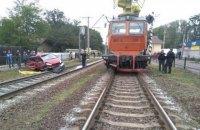 В Киевской области автомобиль попал под поезд, погиб человек