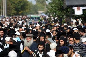 Израиль просит дать хасидам, посещающим Умань, статус паломников