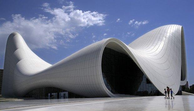 Центр Гейдара Алієва в Баку, проект Захі Хадід